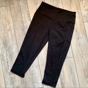 VICTORIA SECRET SPORT LEGGINGS WITH POCKETS